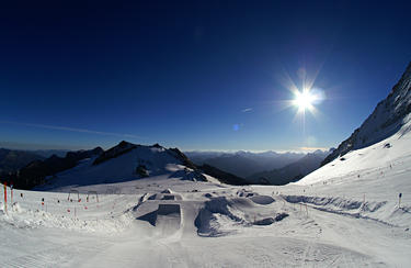 Hintertux Winter | © https://www.flickr.com/photos/alindquist_/